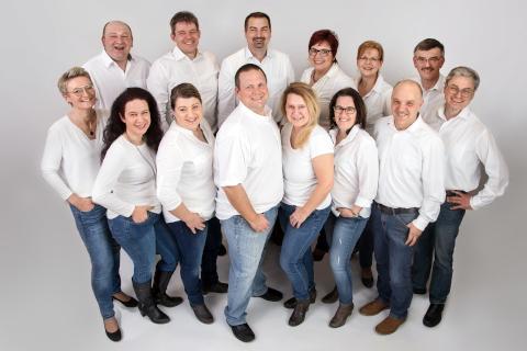 Kandidaten der Compakt - Liste Karlskron (CLK) für die Kommunalwahl 2020 in Karlskron